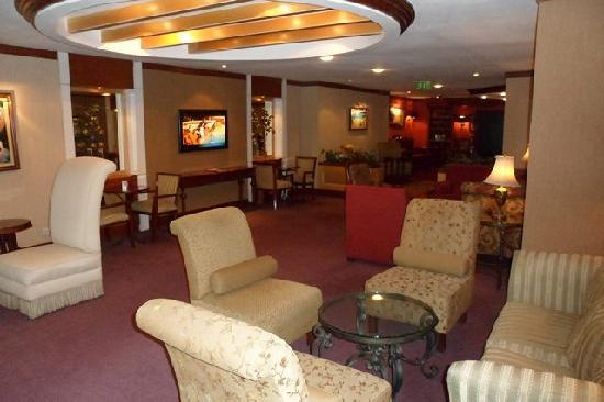 BEST WESTERN Eresin Taxim: The Lobby