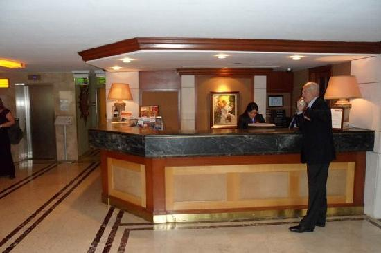 Eresin Taxim Hotel: The Reception