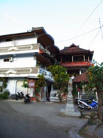 Serangan Inn II