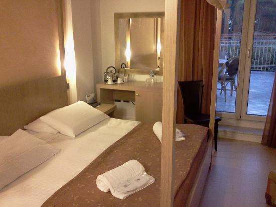 Logos Hotel: camera comfort