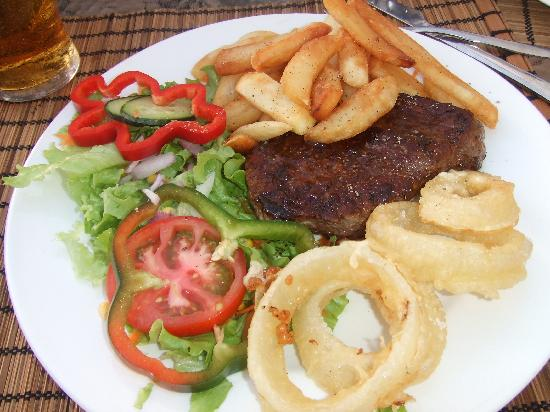 Wild Things Bar : the steak and chips