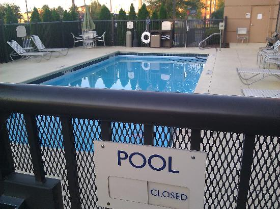 Fairfield Inn & Suites Anniston Oxford: Pool Area
