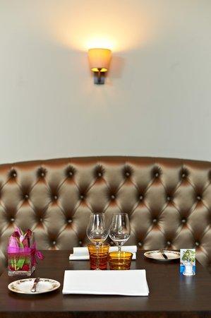 Beau Sejour: Banquette resto