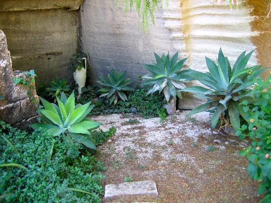 Hotel Il Portico : Giardini ipogei a Villa Margherita