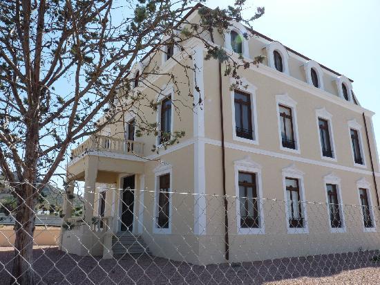 Sax, España: Colonia Santa Eulalia edificio antiguo restaurado