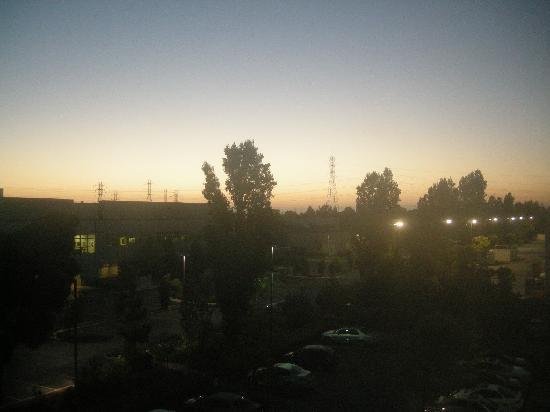 Hilton Garden Inn San Mateo: 部屋からの景色はいまいちです。