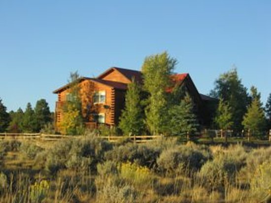 Flagstone Meadows Ranch Bed and Breakfast: B/B View from the acreage