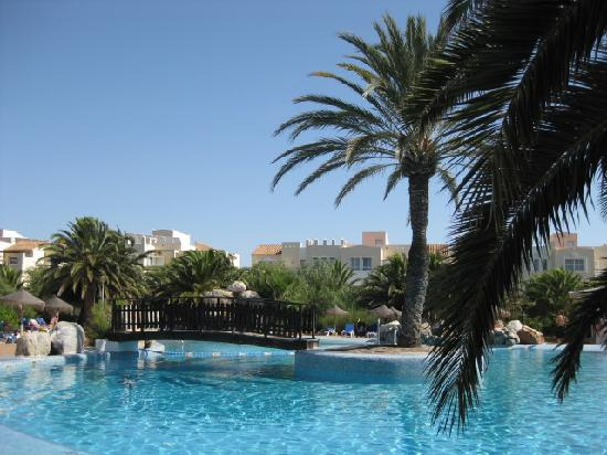 Apartamentos Moguima: Swimming Pool