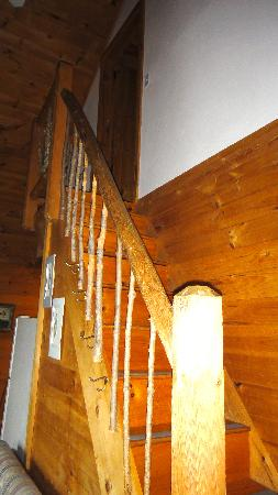 Moosehead Hills Cabins: Stairs