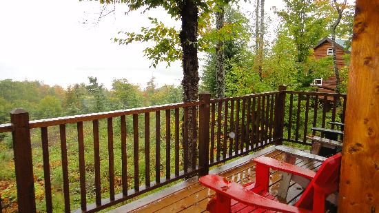 Moosehead Hills Cabins: Uncovered Patio