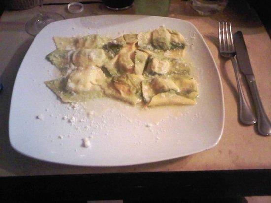Osteria delle Vigne: Tris di ravioli: zucca, porro e finocchietto selvatico
