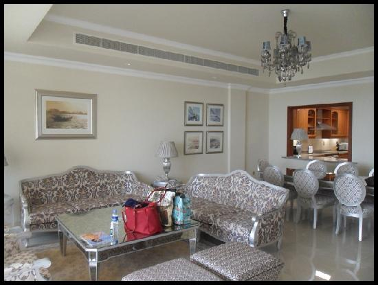 living room + dining table - Picture of Kempinski Hotel ...