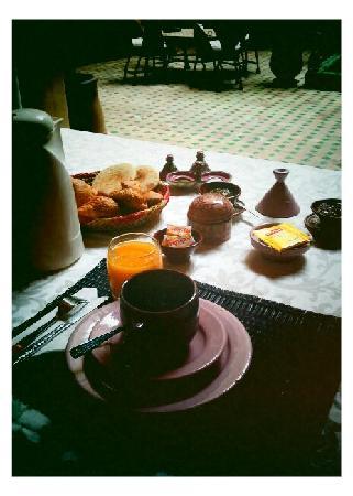 Riad Massiba: Breakfast