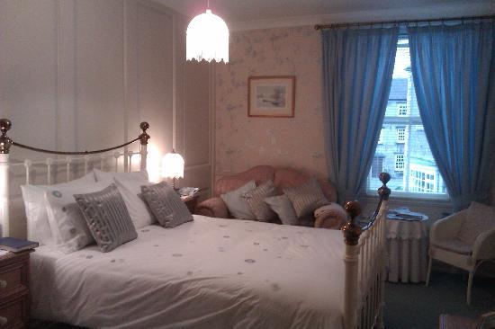Domus House: Room 3