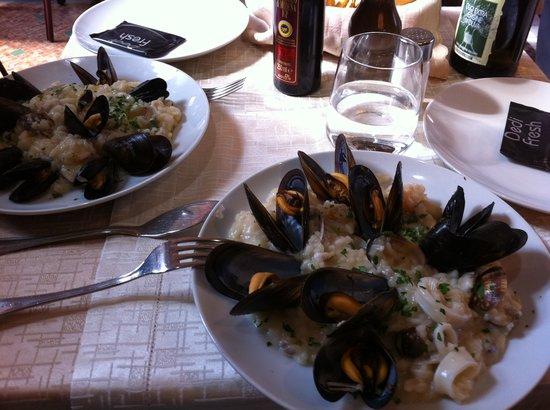 Que Es Tisch : Tisch fotografía de Il Salotto, Milán  TripAdvisor