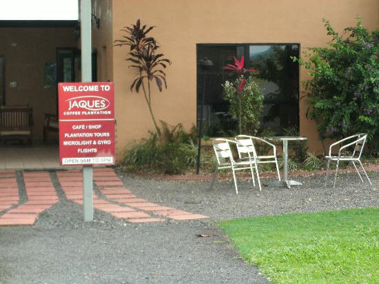 Jaques Coffee Plantation: entrance courtyard