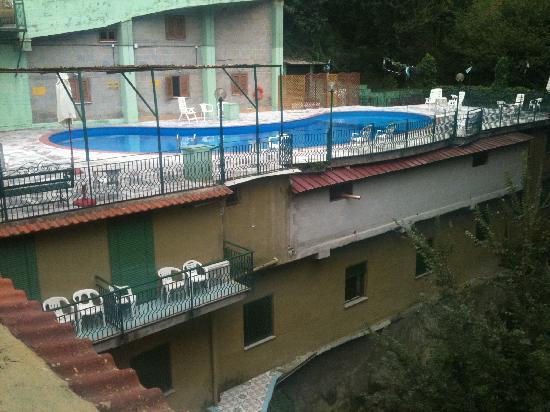 Hotel Cavour: Pool area