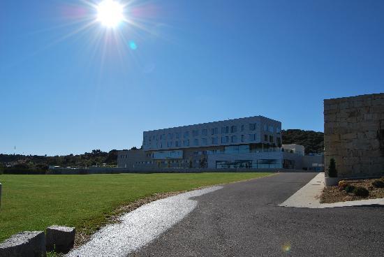 Valbusenda Hotel Bodega & Spa: Hotel desde la entreda
