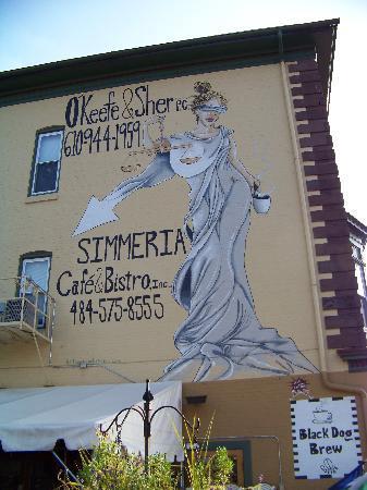 Simmeria Cafe & Bistro: Exterior Wall