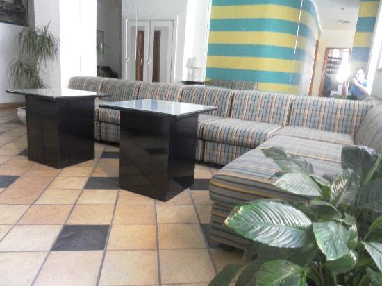 Hotel Marinaro : sala lettura