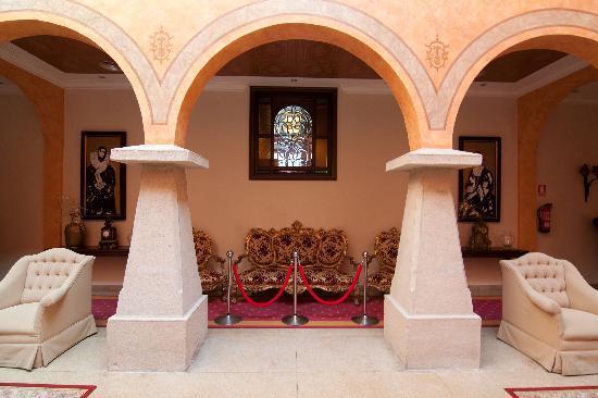 بالاسيو دو لا ماجدالينا: interiores