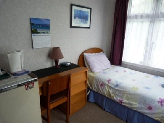 Thistle Guest House: Single room