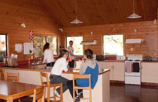 Altamont Lodge: Communal kitchen and dining