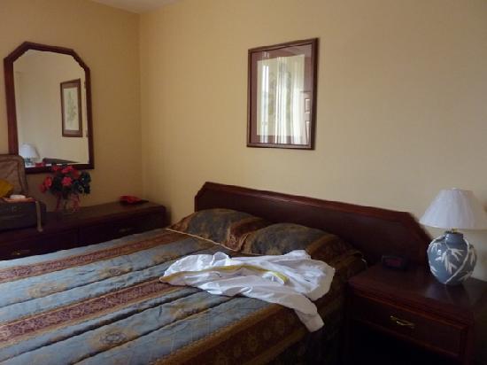 Habitation du Vieux Montreal : The bedroom