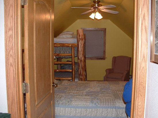Kettle Creek Adventures Lodge and B&B: Bedroom