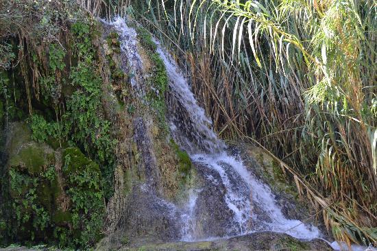 La Castilleria: cascada agua