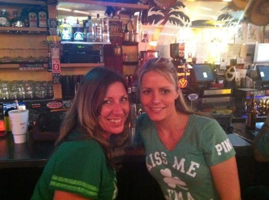 VIP Lounge & Restaurant: best bartenders!!