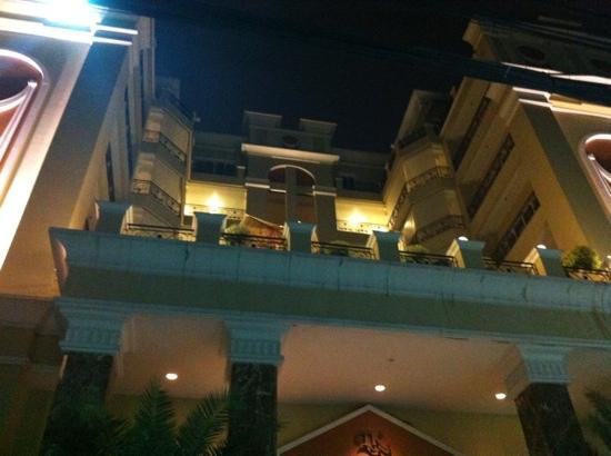 LK Residence: fachada