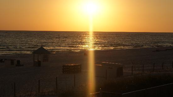 Seascape Inn: Sunset