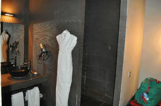 Le Moulin de Mougins : salle de bains