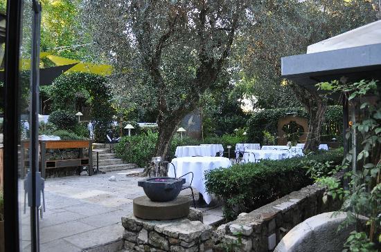 Le moulin de mougins hotel voir les tarifs 53 avis et for Le jardin mougins