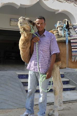 Moahamed le directeur de Caravane Station Zaafrane