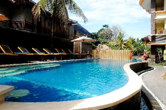 Grand Sinar Indah Hotel: Pool