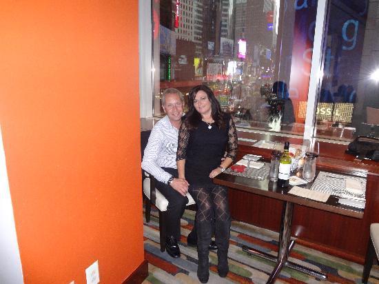 Hotel Restaurant Brasserie 1605 Picture Of Crowne Plaza