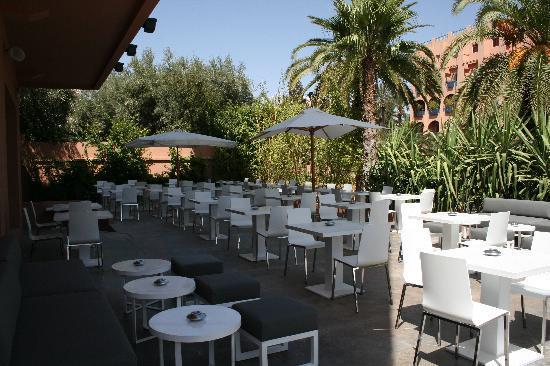 Mooi Hotel : café