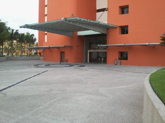 Sunset Plaza Beach Resort & Spa : L'entrée