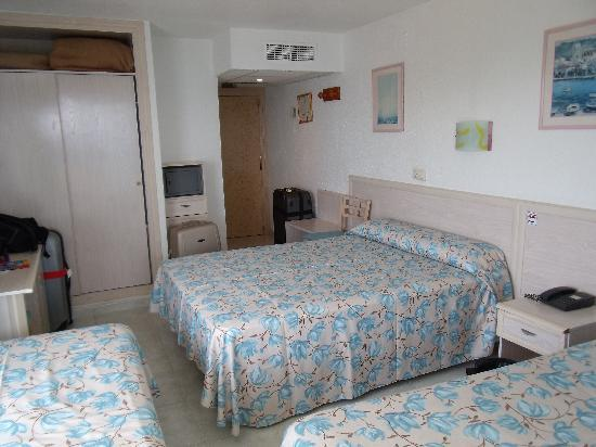 Servigroup Torre Dorada : bedroom