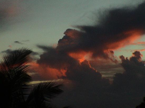 Fakarava, French Polynesia: La notte si avvicina