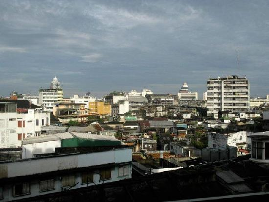 Krung Kasem Sri Krung Hotel: View from the room