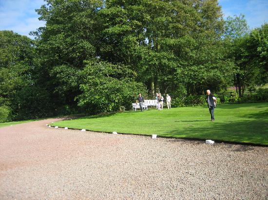 The Glebe House : Gwen's relaxing gardens