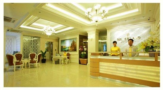 Silverland Hotel & Spa: lobby 1