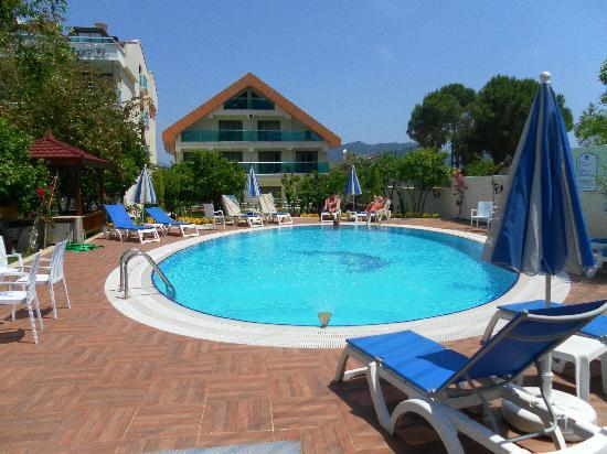Orsmaris Boutique Hotel: Swimming pool