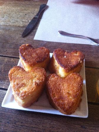 Clos Masure Hotel de Campagne : Breakfast