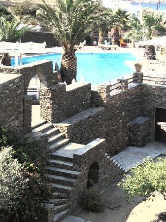 Alexandros Hotel: Excellent stone work