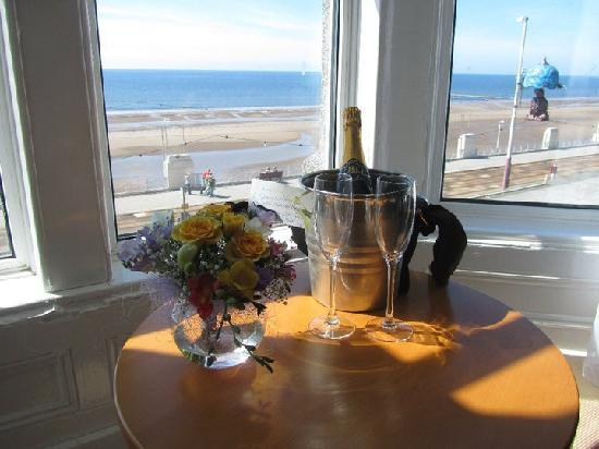 The Strand Hotel : Executive ooom sea-view