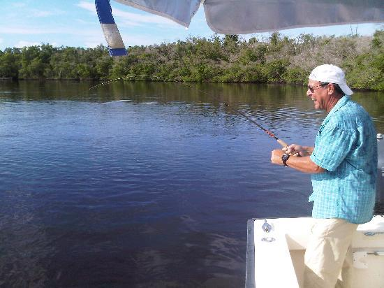 Everglades Fishing Charters : Too much fun!
